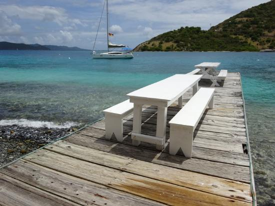 Abe's Little Harbour: serene over the water dining