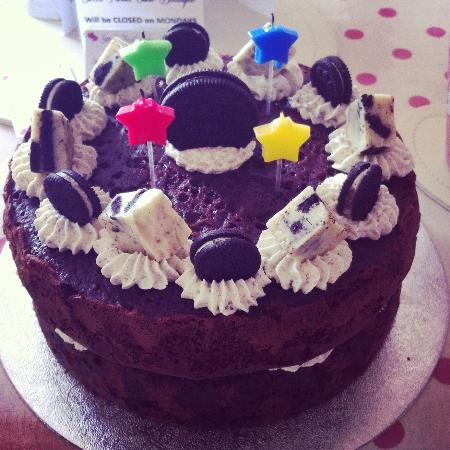 Excellent My Very Own Oreo Birthday Cake It Was Delicious Picture Of Personalised Birthday Cards Paralily Jamesorg