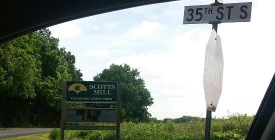 Scotts, ميتشجان: Scott Mill Park