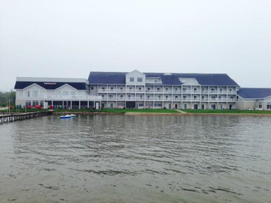 Lakeside Resort and Conference Center: View of the property from the dock
