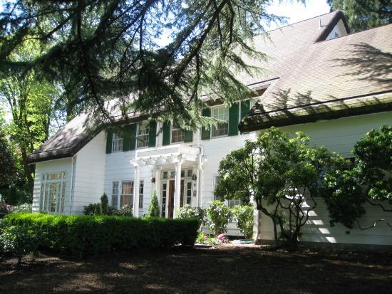 McLean House, West Linn