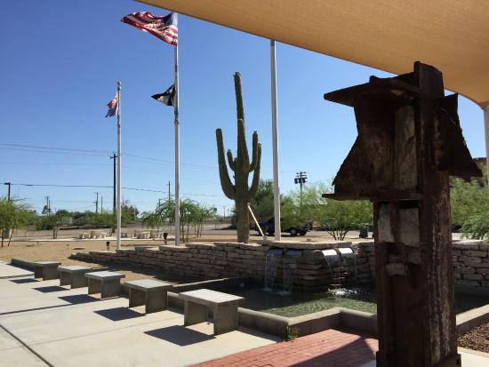 Gila Bend, Аризона: Small park with big piece of history.