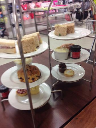 Newry, UK: Afternoon tea for two at &12:95