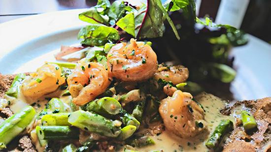 Fontaine Caffe & Creperie: Asparagus and Shrimp Crepe
