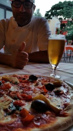 Santa Teresa di Riva, Italia: Pizza Antichi Sapori