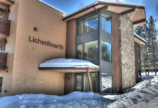 Lichenhearth Condominiums: Exterior