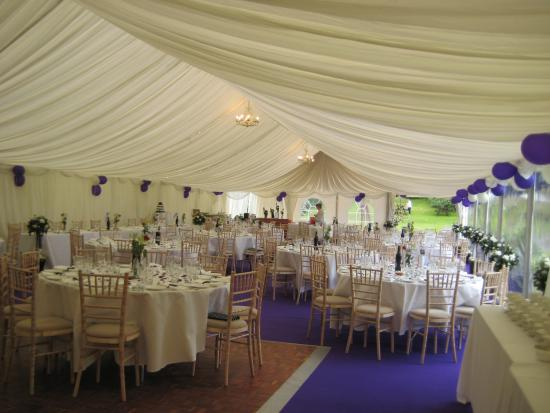 Sportsmans Restaurant: marquee at the March Bank Hotel