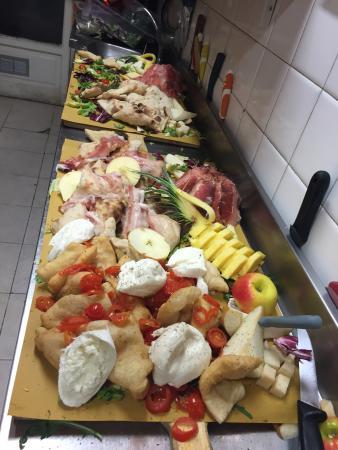 Ristorante bella vita birra pizza e cucina in torino for Cucina e torino