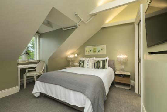 Chez Truchon Bistro Auberge : chambre standard (Chaleureuse #302)