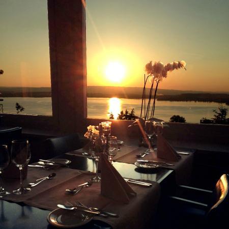 Hotel Restaurant Guggital: Sonnenuntergang Restaurant