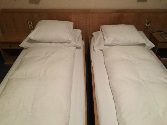 Hotel Zum Goldenen Kopf : Betten