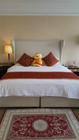 โรงแรมเรดวอลล์: Single bed