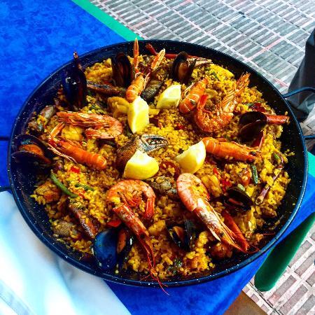 Restaurante Can Manolo : Paella für 4