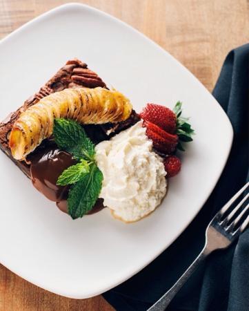 Granville: Bruleed Banana Brownie