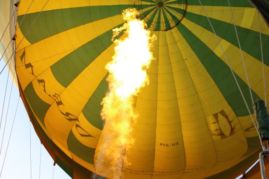 fly in the Hot Air Balloon