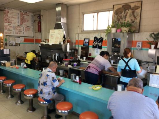 Inside picture of hh car wash and coffee shop el paso tripadvisor hh car wash and coffee shop inside solutioingenieria Images