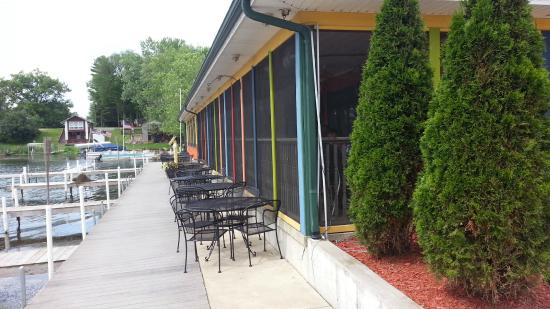 Hamilton, IN: The lakeside screened dining area