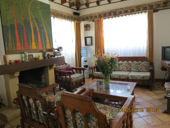 Period living room picture of hotel boutique la espanola for Period hotel
