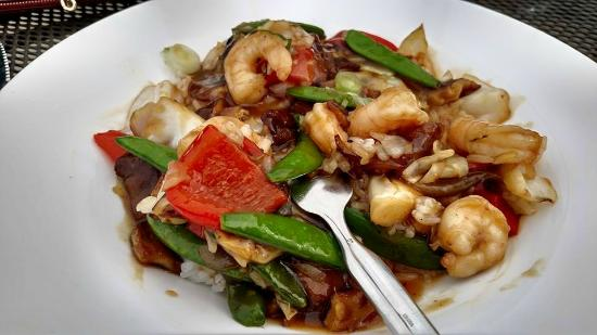 Signatures Restaurant: Shrimp Stir Fry