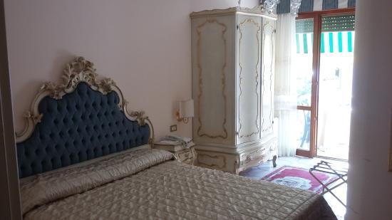 Hotel Villa Serena Photo