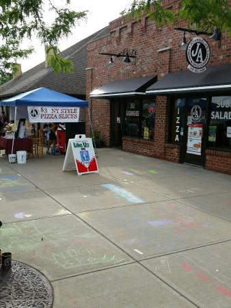 Jo'Angela's Pizza & Deli Co.: Auburn Hills Summerfest
