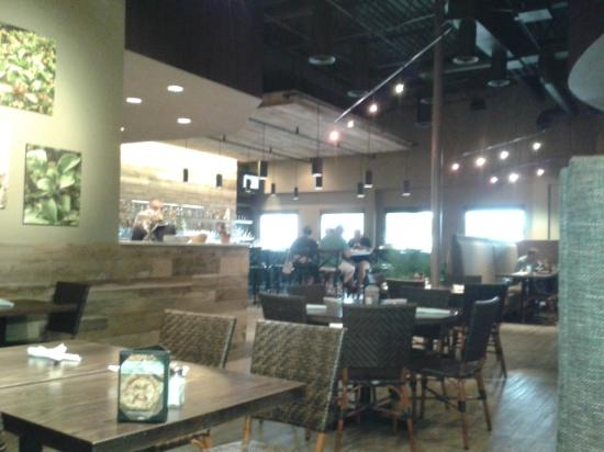 Baker's Crust Artisan Kitchen: New Look Dining Area