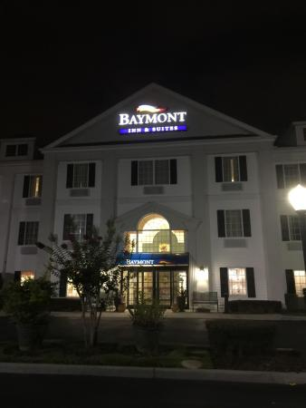 Baymont Inn & Suites Lakeland: photo0.jpg