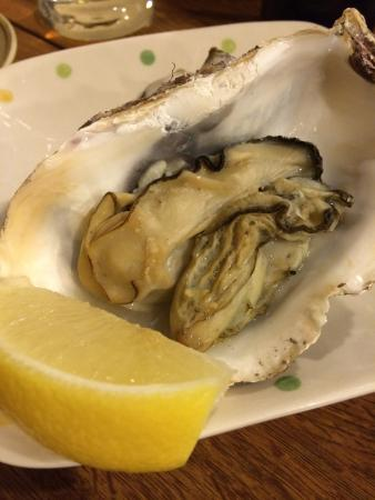 Seafood Bar Tsukiji Totokichi: oyster