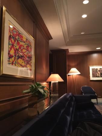 The Standard Club: Warm woods in serene lobby