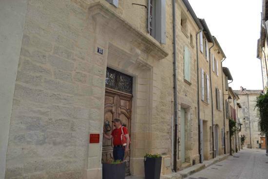 Le Richelieu : Вид дома с улицы