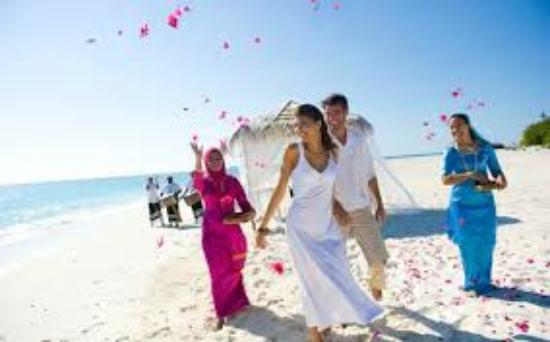 Transit Beach View Hotel Casual Wedding