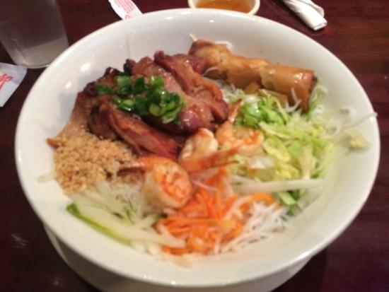 Saigon Cafe: Secondo a base di maiale