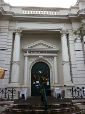 Element Cafe : Nice Old Bank - Cafe