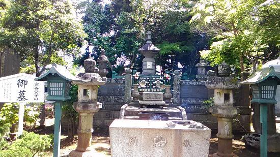 Toshoji Temple (Sogo Reido): 宗吾霊堂 正義を貫いた佐倉宗吾と4人の子供達のお墓 子供達も打ち首となりました