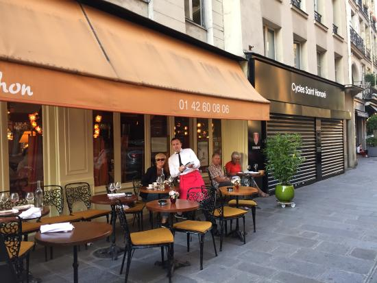 Le Petit Mâchon : Great coffee and friendly service