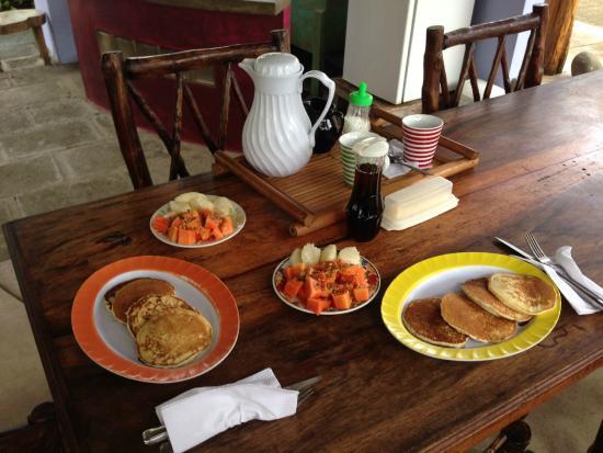Empalme a Las Playas: Breakfast