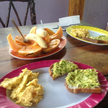 Empalme a Las Playas: last breakfast