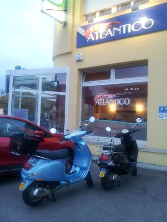 ATLANTICO: Great parking for our Vespas too!
