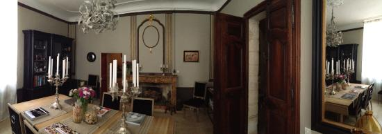 L'Albiousse : living room. chic and great taste.