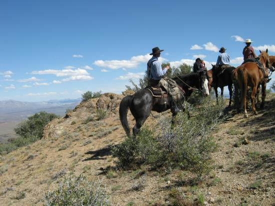 Cottonwood Guest Ranch: heading back