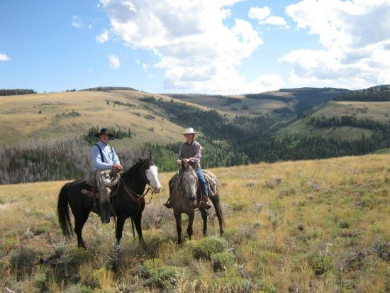 Cottonwood Guest Ranch: 2 crew