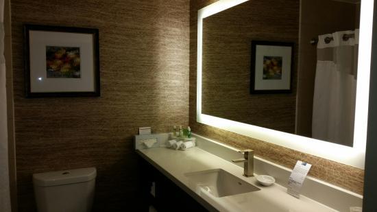 Holiday Inn Express Hotel U0026 Suites Pasadena Colorado Blvd.: Remodeled  Bathroom.