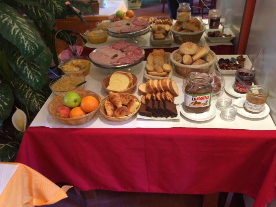 Hotel Escurial : Petit déjeuner