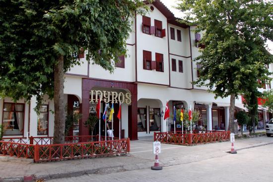 Idyros Hotel : GİRİŞ