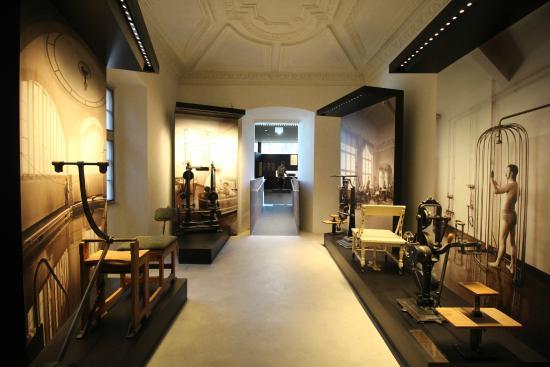 Palais Mamming Museum