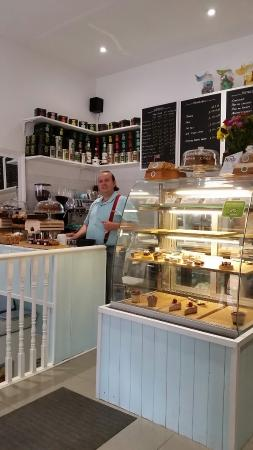 Kingston upon Thames, UK: Great coffee, supurb pannacotta and wonderful cake really enjoy this great find lovely owners