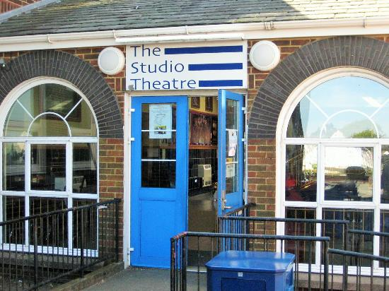 ‪The Studio Theatre‬