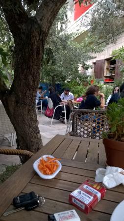 Cafe La Vie Photo