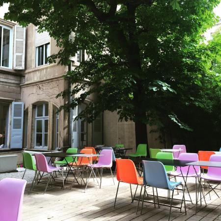 Jardin montgrand marseille restaurant avis num ro de for Jardin montgrand