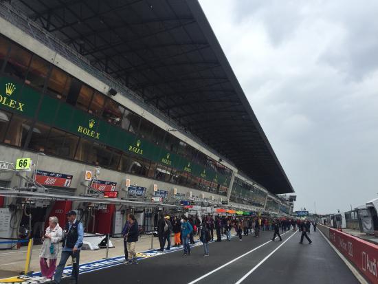Circuit des 24 Heures : Encore un grand cru 2015. Une course mythique sur un circuit qui l'est tout autant.